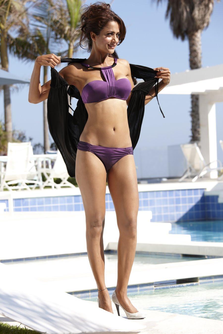 Sonam Kapoor bikini style
