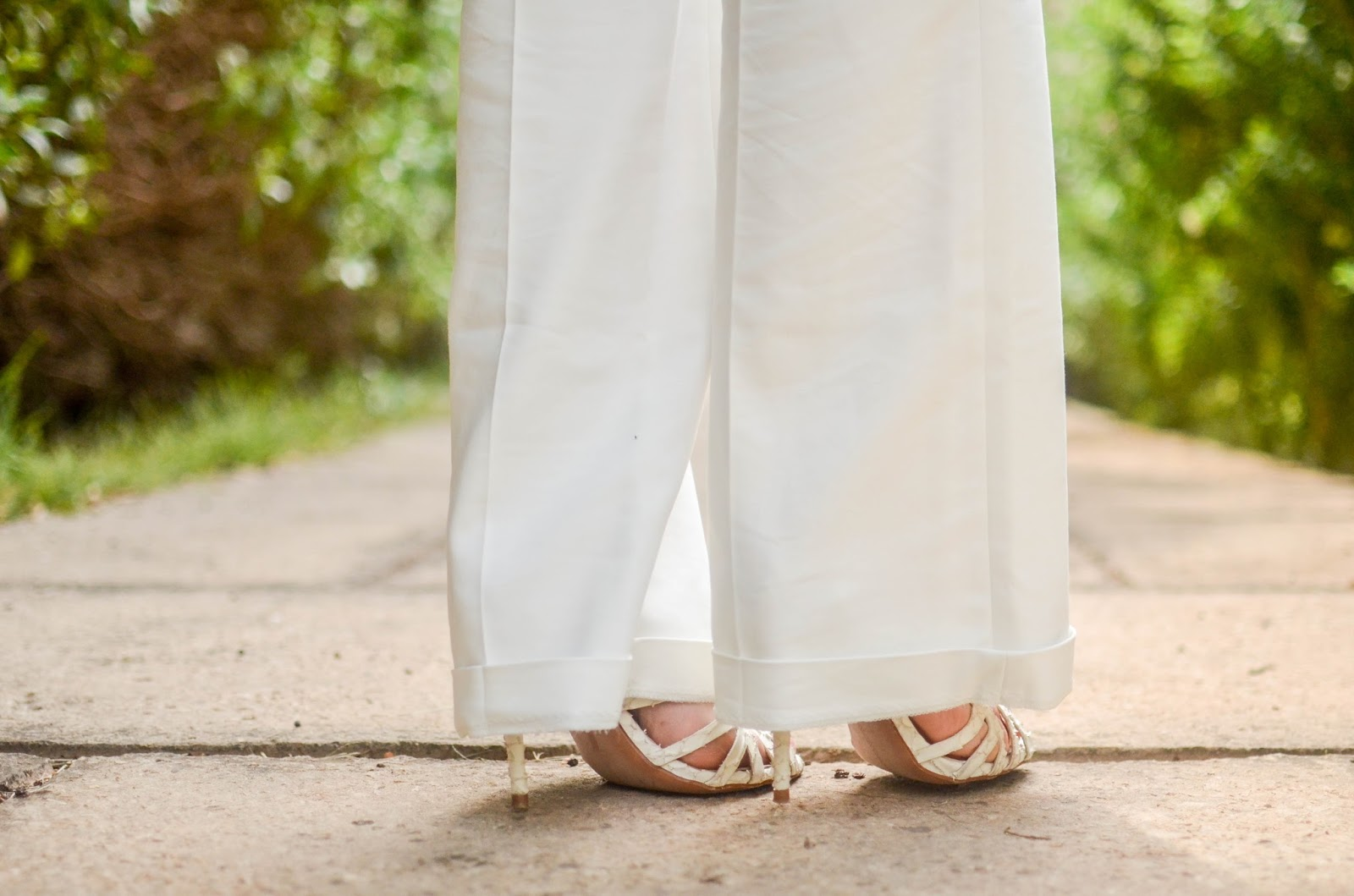 white pants and white croco sandals from zara