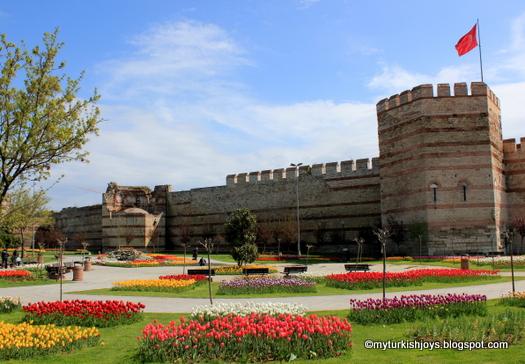 Exploring Yedikule Hisarı in Istanbul ~ My Traveling Joys