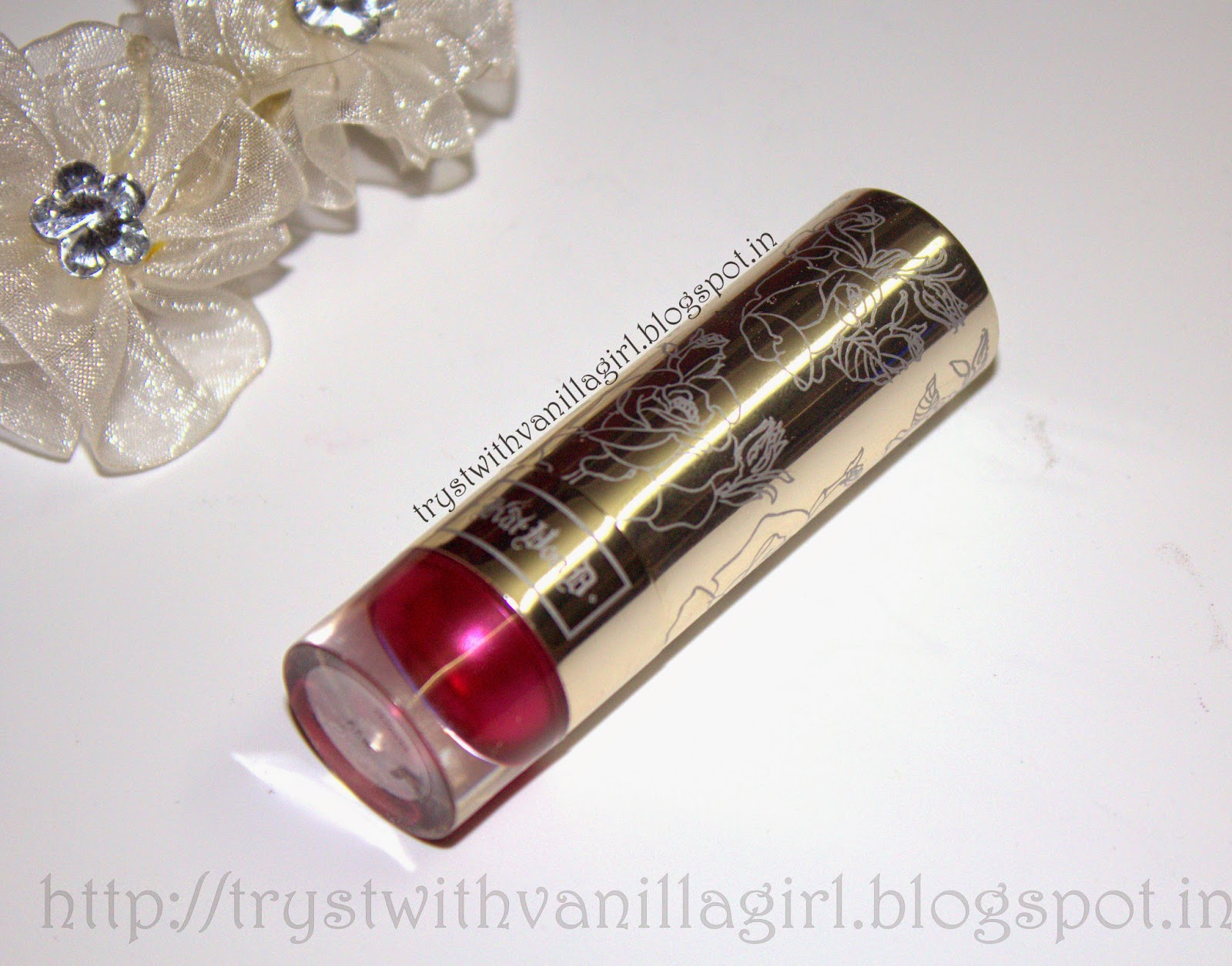 KAT VON D FOILED LOVE LIPSTICK in F.T.W