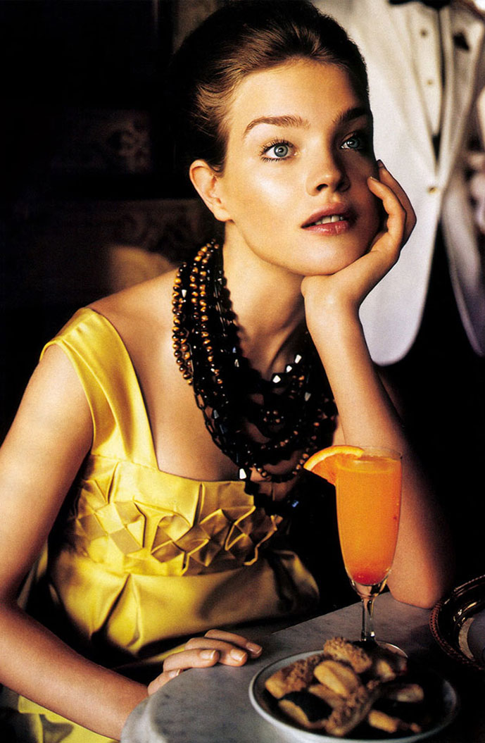 Natalia Vodianova in That's Amore | Vogue US July 2005 (photography: Mario Testino, styling: Grace Coddington)
