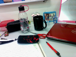 Red and black everywhere~