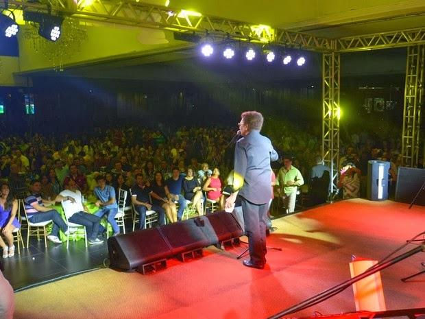 Manaus assistiu a penúltimo show de Reginaldo Rossi, diz produtor 'Ele amava Manaus, tinha muitos amigos no AM', disse Marcílio Aranha. Cantor fez shows em outubro e novembro na capital amazonense.