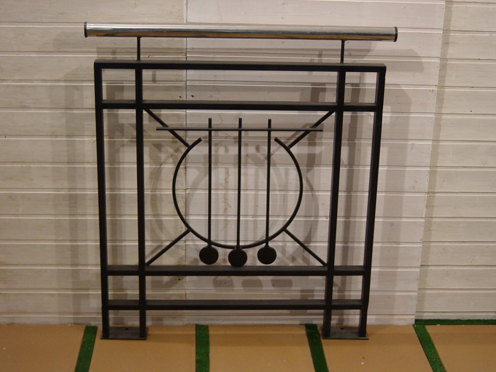 Rejas para ventanas y puertas en forja ideales para - Puertas para escaleras ...