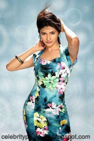 Most+Beautiful+Hot+Photos+of+Prachi+Desai006