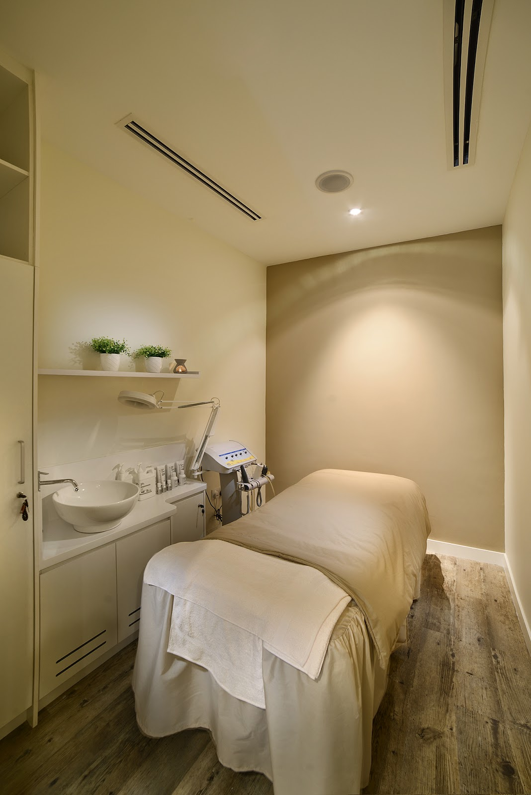 Facial Spa Room