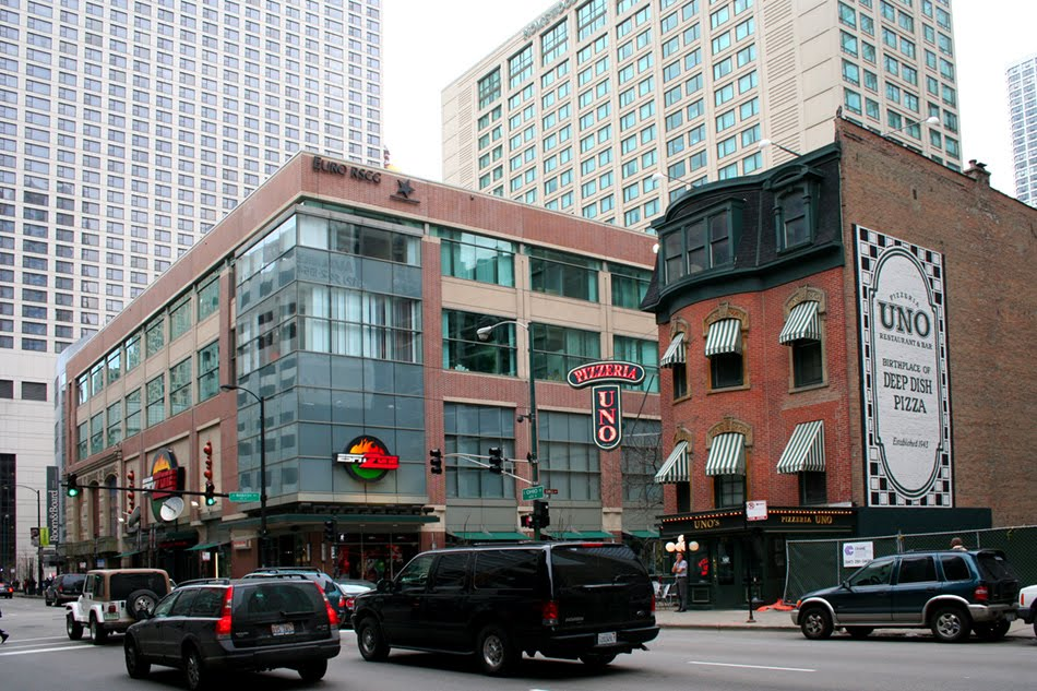 Chicago architecture cityscape river north ii for Pizzeria uno chicago