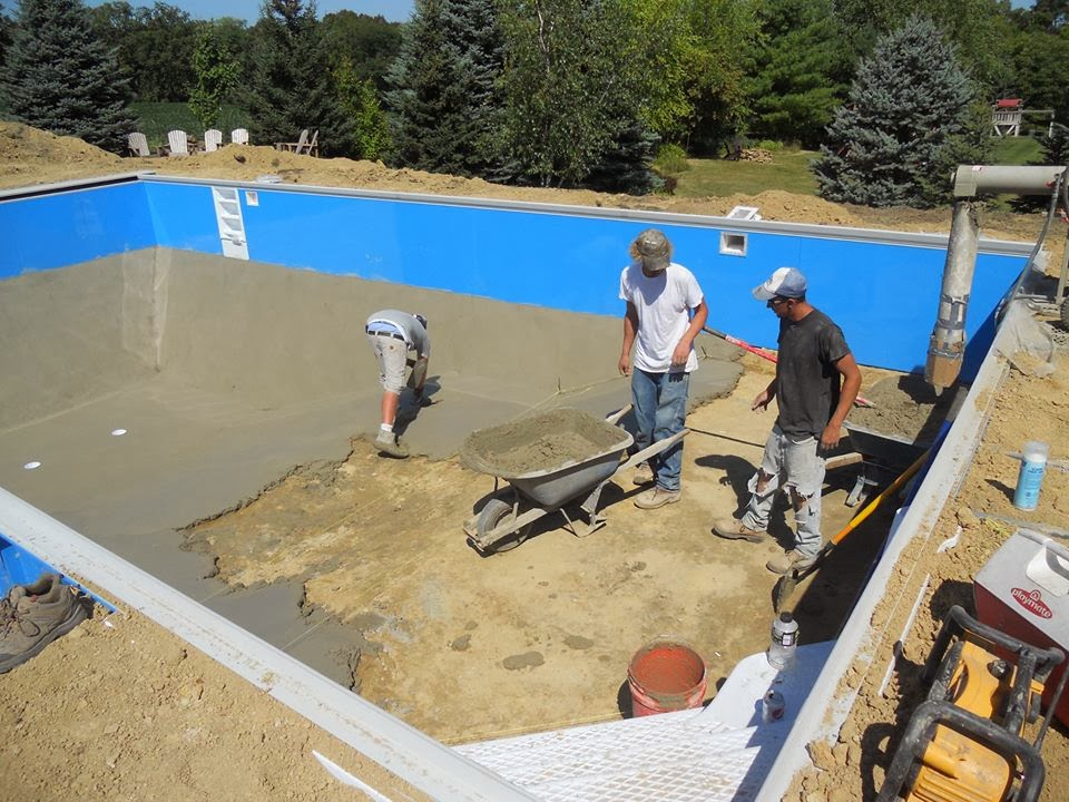 Penguin pools local swimming pool information for for Local pool builders