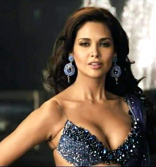 40+ Bollywood Biggest Wardrobe Malfunction - hot images ...