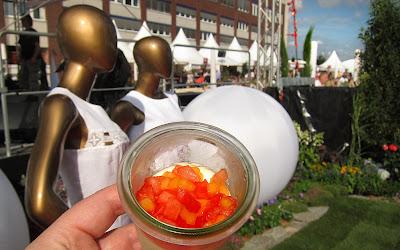 basilikum mousse mit tomatengelee