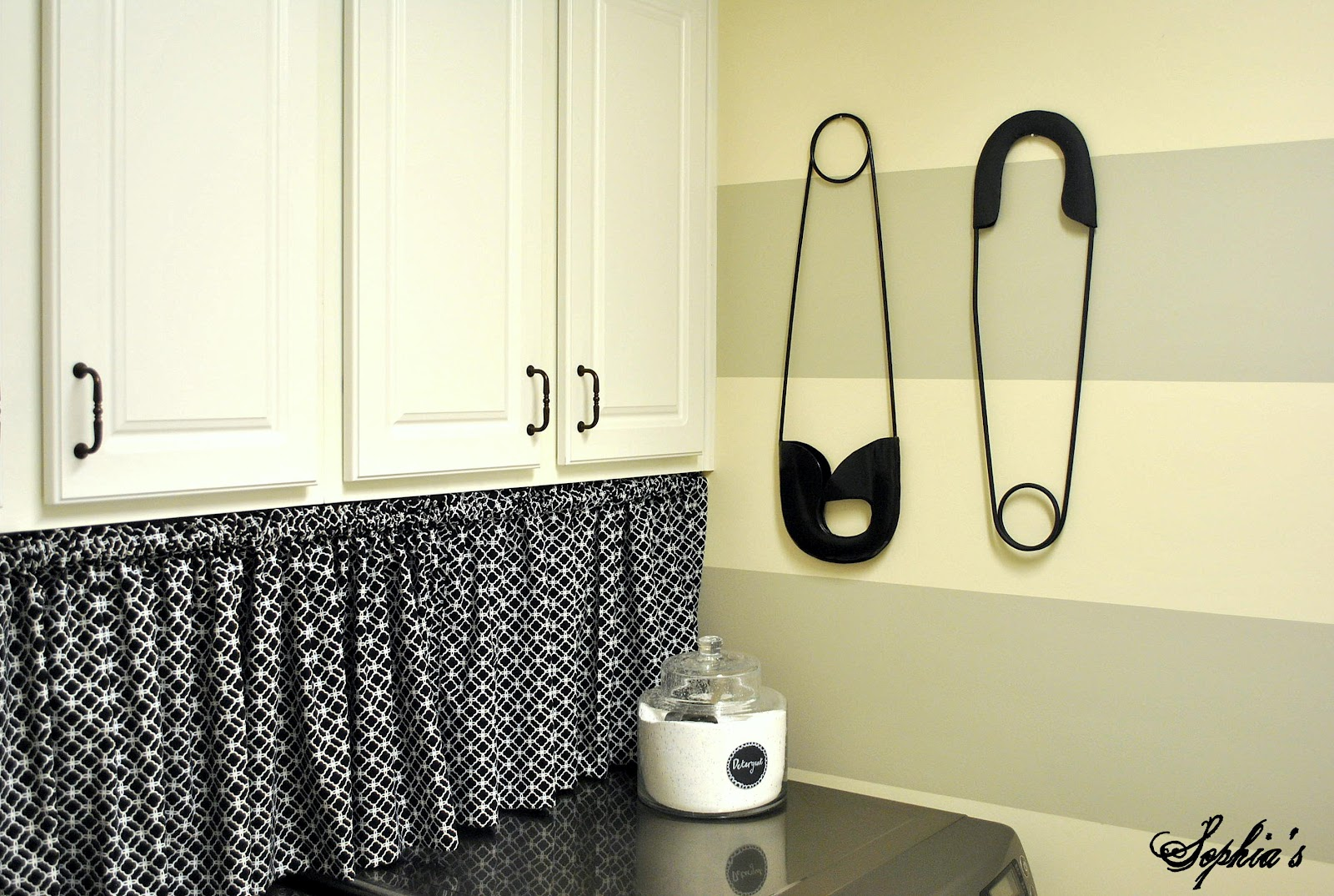 Design and decor laundry room reveal for Laundry room decor accessories