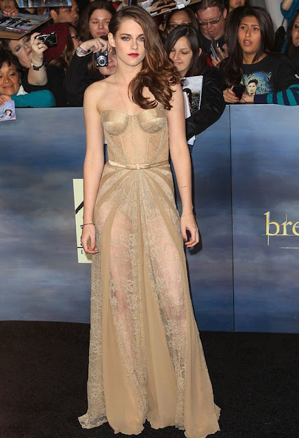 "Kristen Stewart – in Zuhair Murad – at the Los Angeles premiere of ""The Twilight Saga: Breaking Dawn - Part 2"""