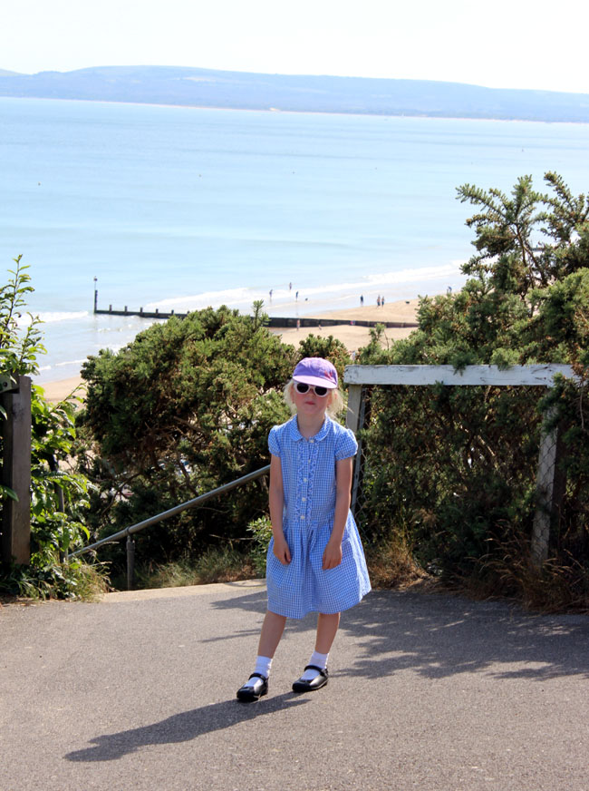 at-the-seaside-after-school-sunny-seaside-todaymyway