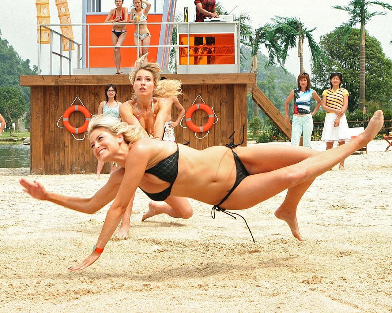 http://1.bp.blogspot.com/-7tKiOO73ZA4/Tq7HY8o1JUI/AAAAAAAAAQ8/8c-MNJCznnQ/s1600/Beach%2BVolleyball-Women%2BWallpaper.jpg