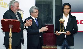 Falcao el mejor jugador de la liga portuguesa 2011