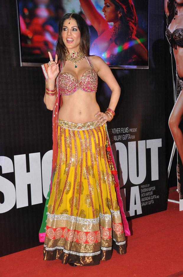Sunny Leone in half saree