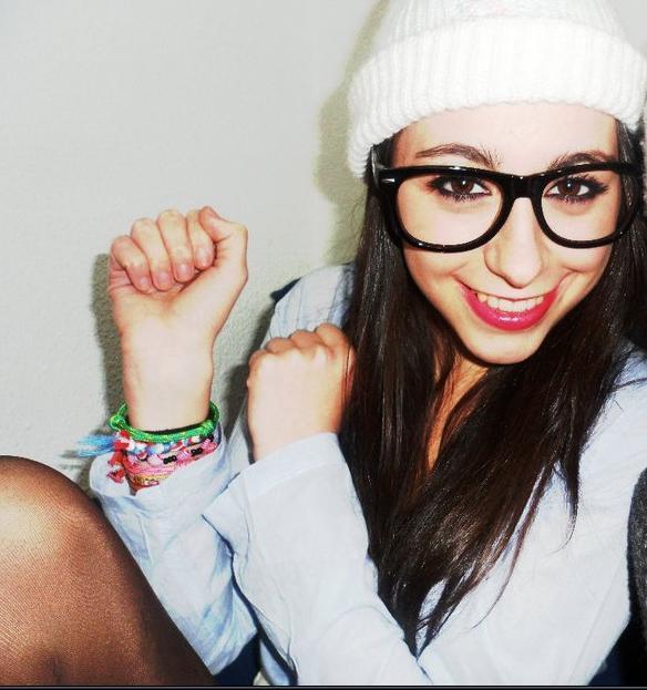 Si la vida no me sonríe, yo le hago cosquillas ♥