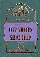 AJIBAYUSTORE  Judul : TERJEMAH RIYADHUS SHALIKHIN Jilid 1 Pengarang : Imam Nawawi, Penerjemah: Achmad Sunarso Penerbit : Pustaka Amani, Jakarta