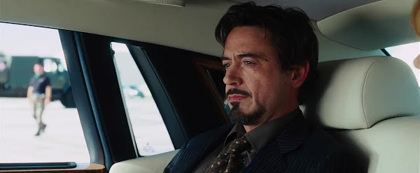 Screen Shot Of Hollywood Movie Iron Man (2008) In Hindi English Full Movie Free Download And Watch Online at worldfree4u.com