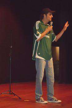 Stand Up Alvi Verde