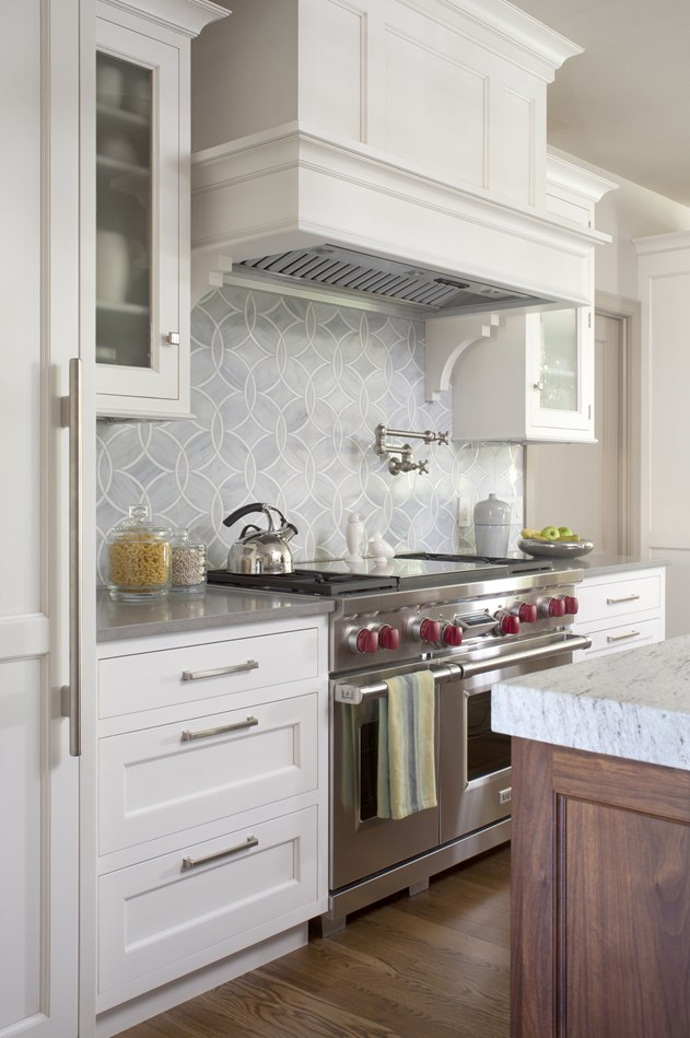 The yellow cape cod first step to a worry free kitchen makeover - Easy steps for a kitchen makeover ...