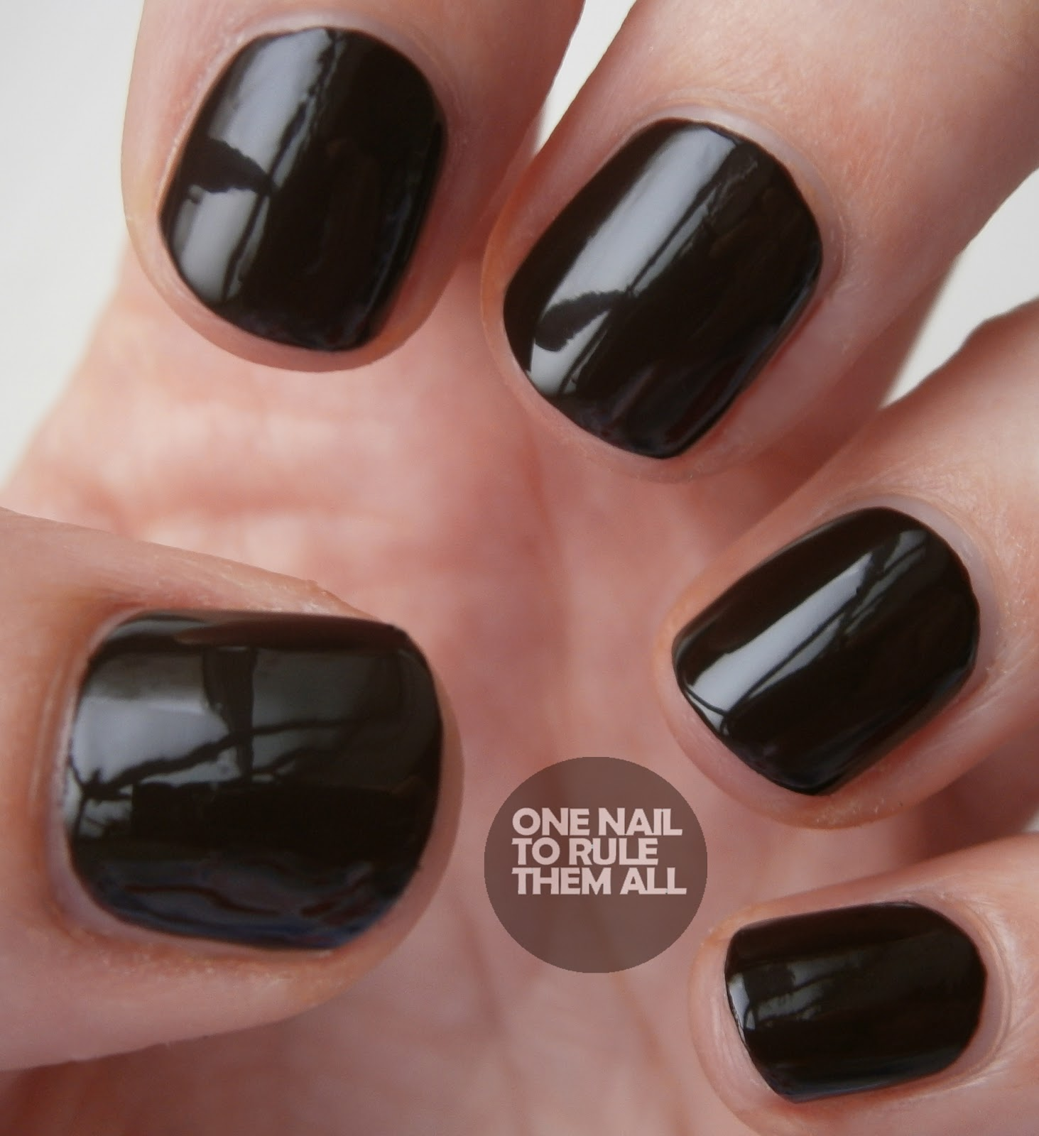 One nail to rule them all collection 2000 twilight review and first up we have shadow which is a reddishbrownishblackish colour can you tell i dont know how to describe it though i would say that in person you prinsesfo Gallery