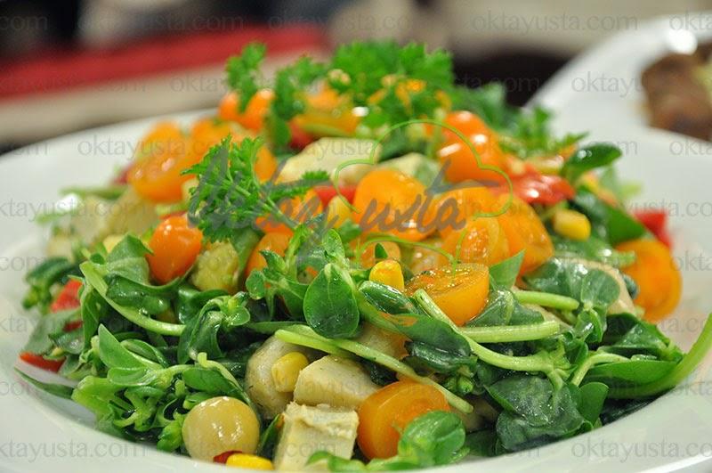 Semizotlu Enginar Salatası Tarifi Yapımı