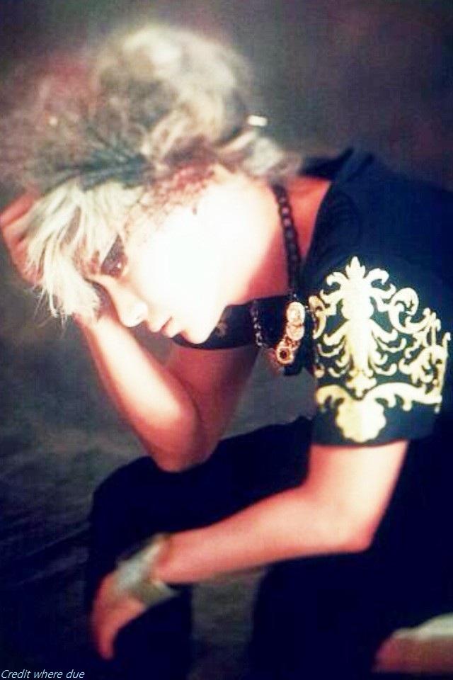 Weekly Idol Subbed  Heebum  B.A.P. Zelo tweet  Suju Leeteuk new pic