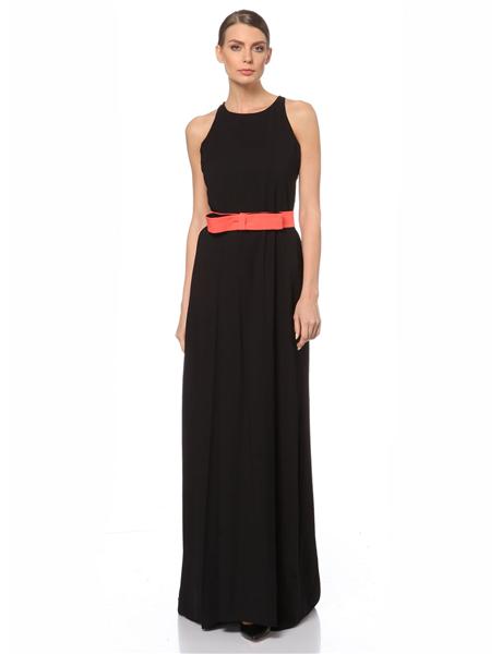 uzun beli kumaşlı siyah elbise modeli