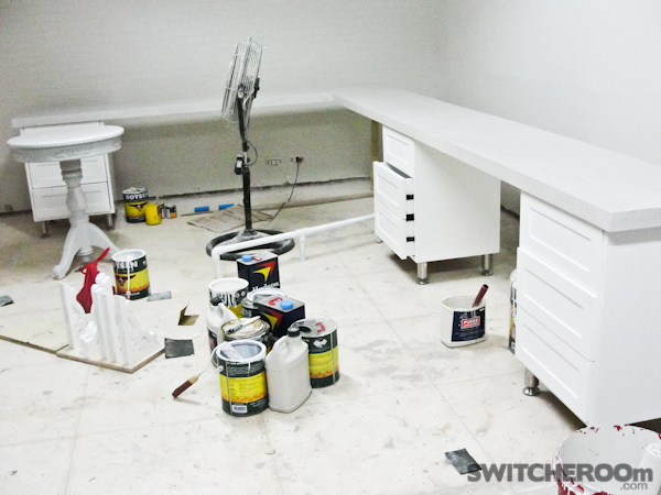 office renovation, white brick wall, white office, white room, built-in shelves