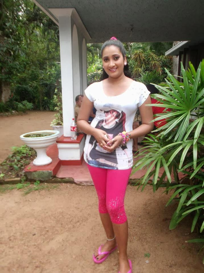 Madu Nithyani hot pink