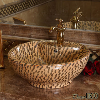 http://decoriko.ru/magazin/folder/wood_leather_sinks