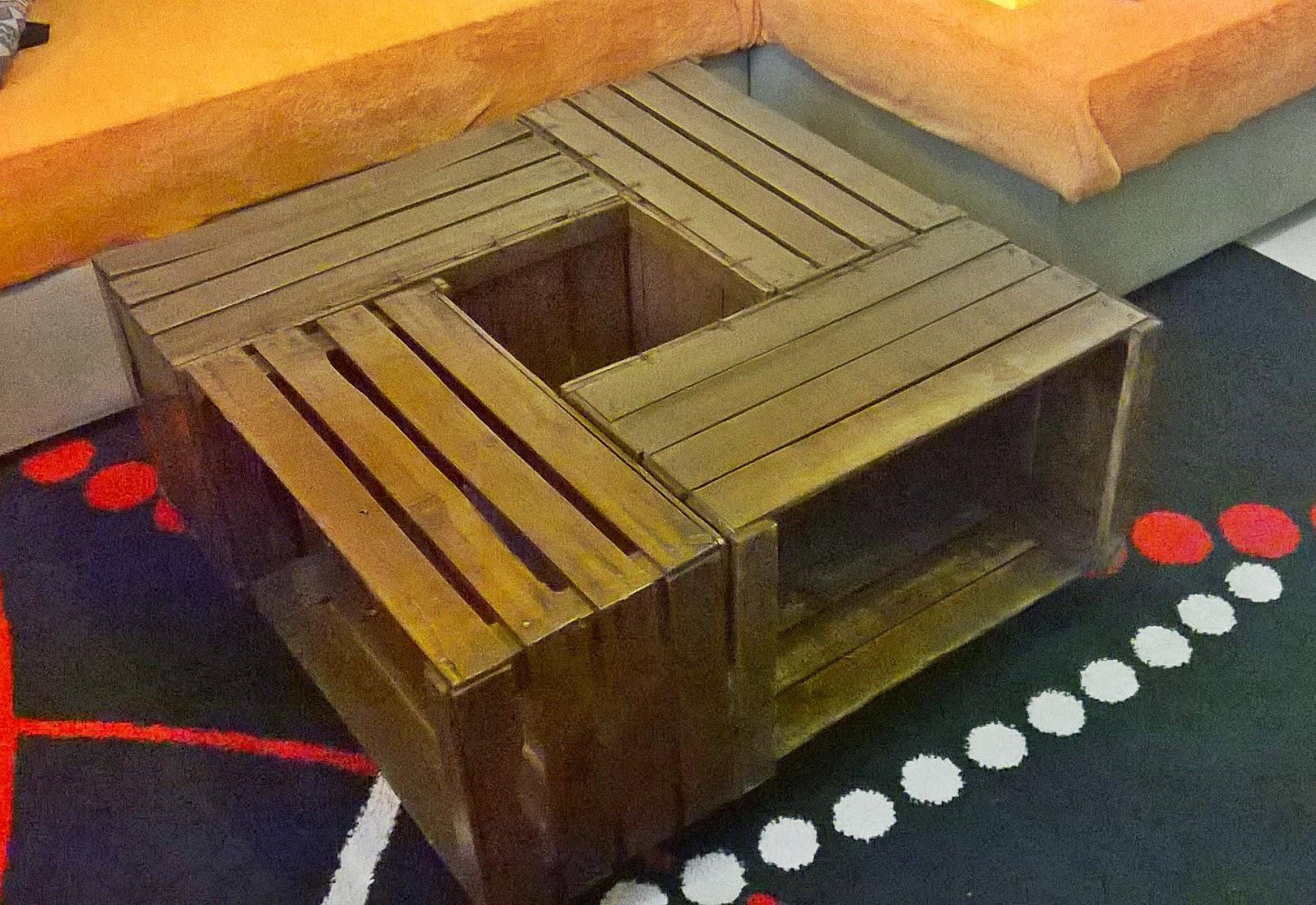 Tavolino con cassette di frutta. cassette legno frutta tavolini e