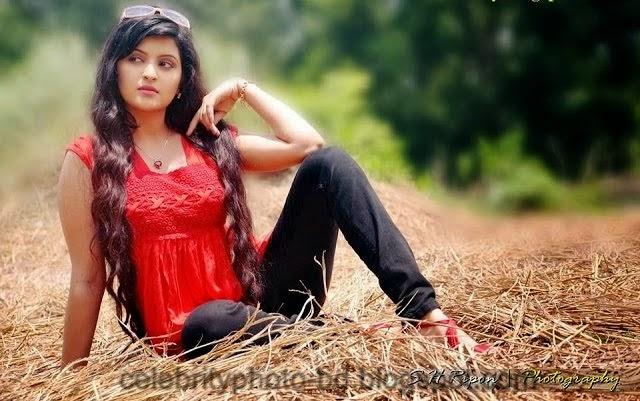 Bangladeshi+Super+Hot+And+Cute+Model+Pori+Moni's+HD+Photos013