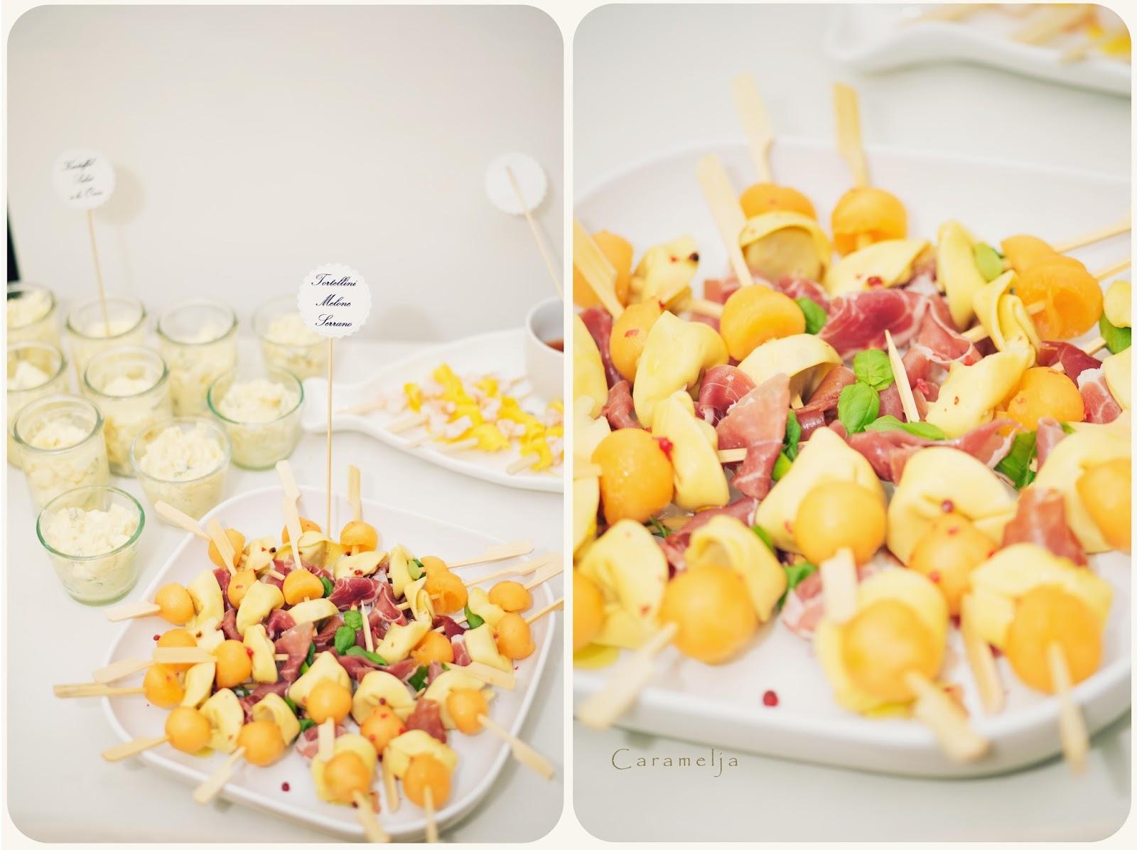 tortellini spiesse mit melone und schinken. Black Bedroom Furniture Sets. Home Design Ideas
