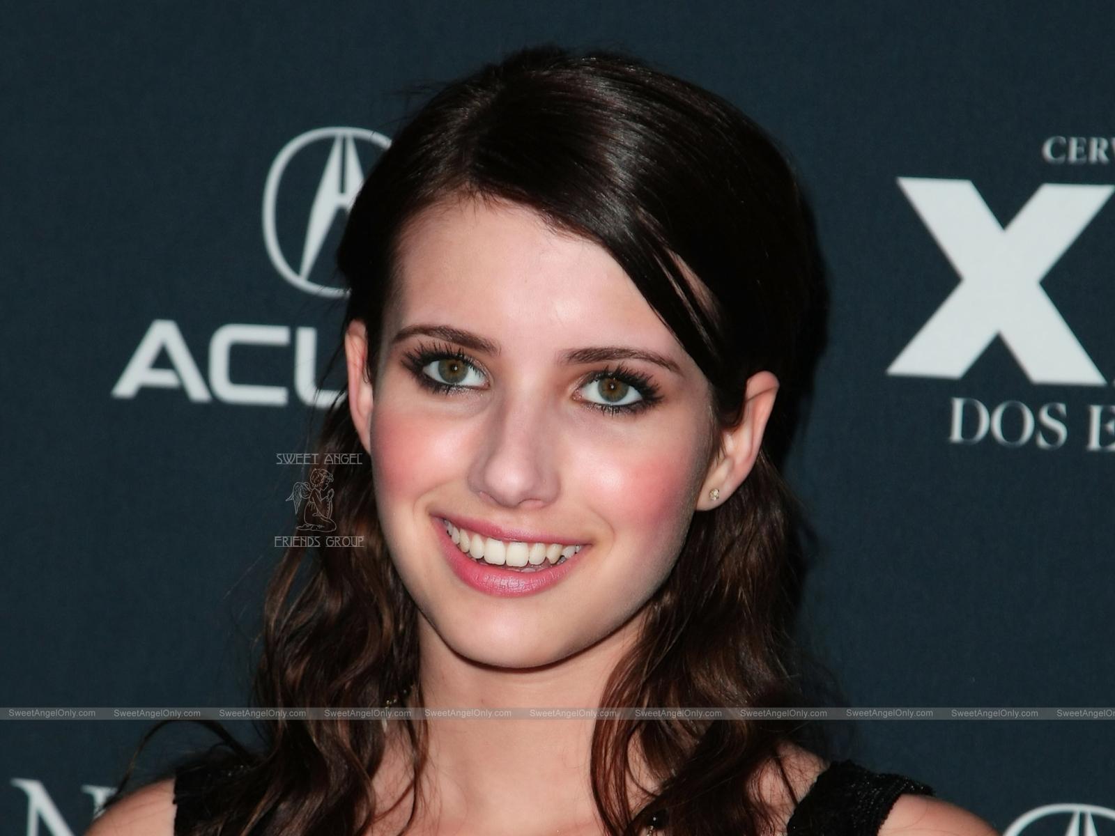 http://1.bp.blogspot.com/-7wd8HUUtP9g/TlUNyh0LpFI/AAAAAAAAJiQ/EUdwCT72MBk/s1600/hollywood-actress-Emma-Roberts-smiling.jpg