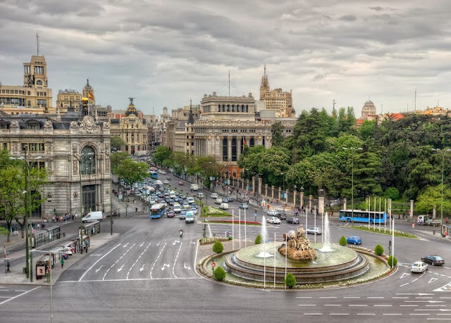 http://www.panoramio.com/photo/98313303