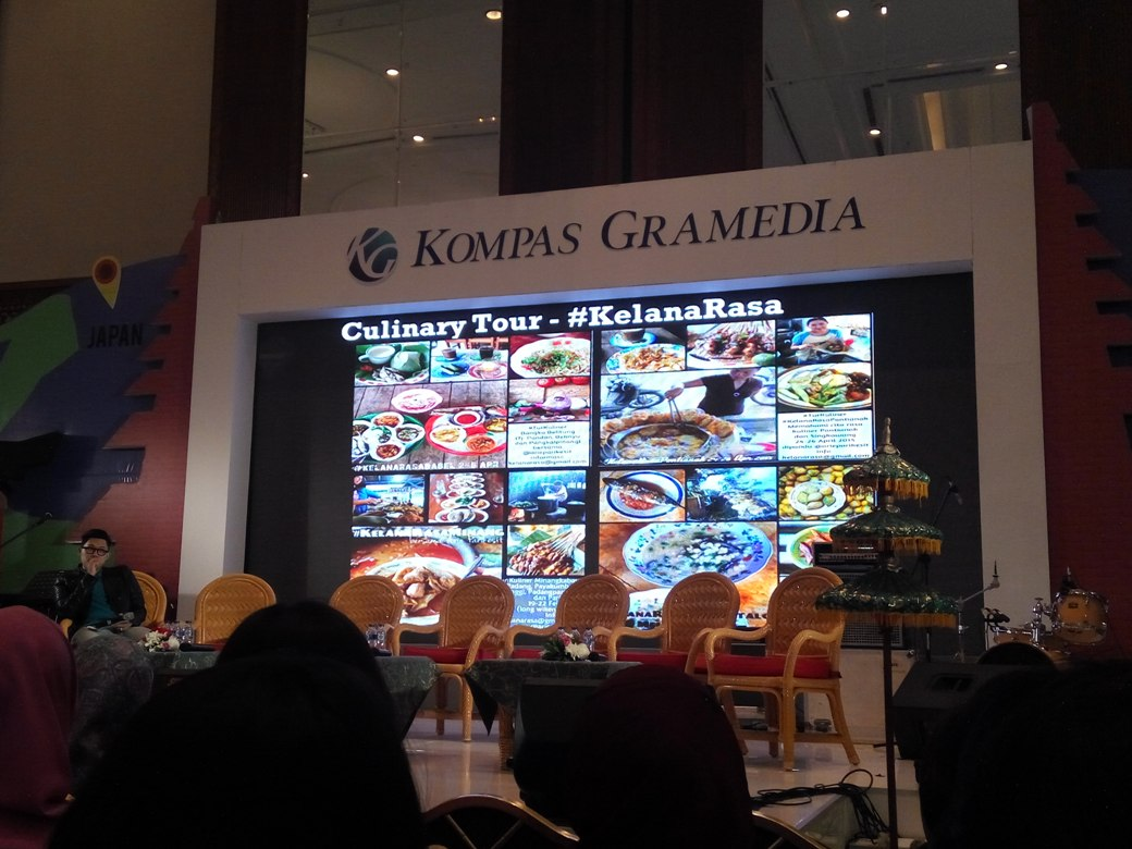 """Book event] diskusi panel """"how to sell your ideas"""" by kompas ..."""