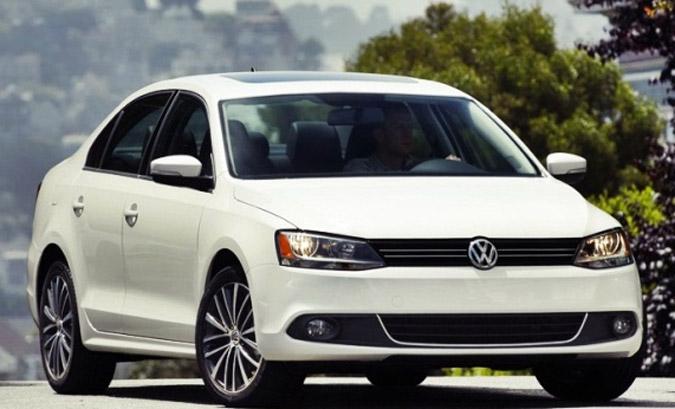 novo Volkswagen Jetta 2015 dianteira