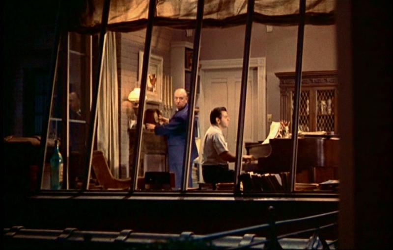 Storie di ordinaria quotidianit la finestra sul cortile - La finestra sul giardino ...