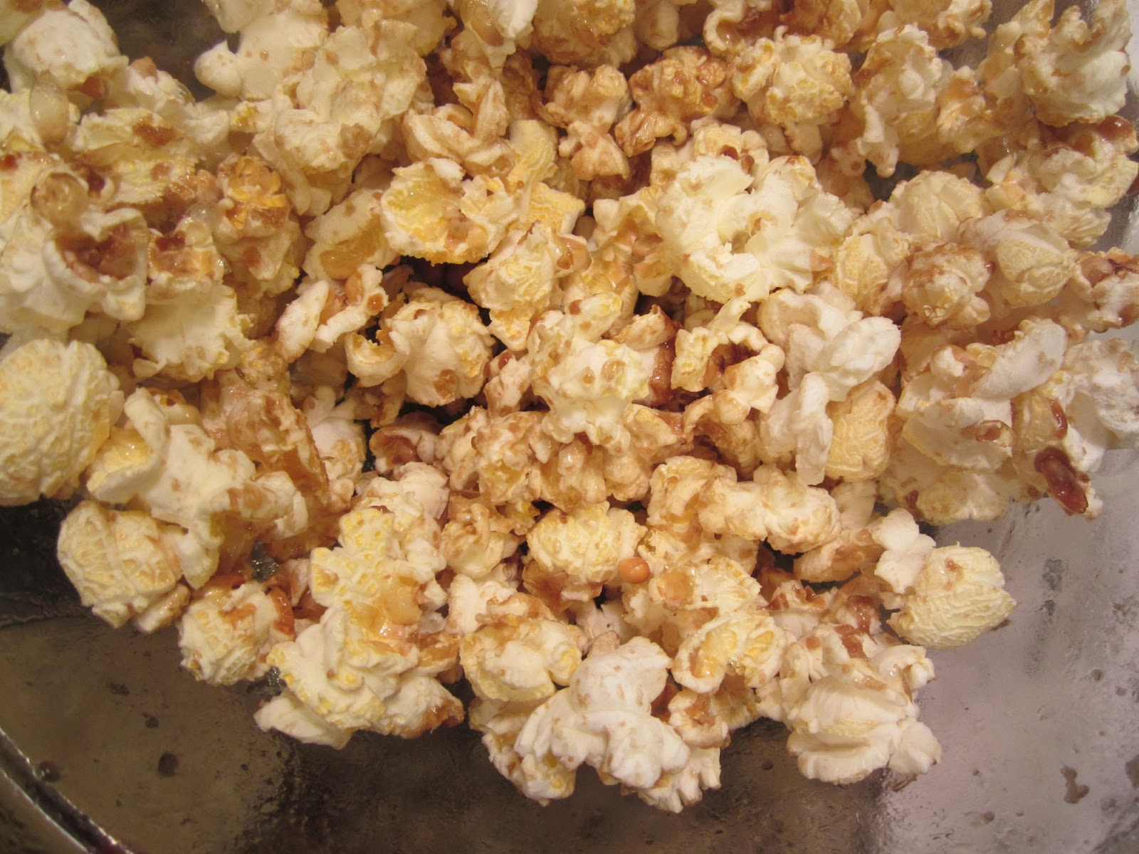 The Fanciful Fig: Homemade Microwave Kettle Corn