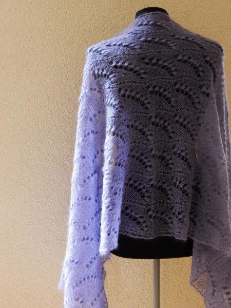 TE KOOP LiLA shawl.kidsilk met zijde.