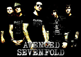 Download lagu Avenged Sevenfold - Almost Easy