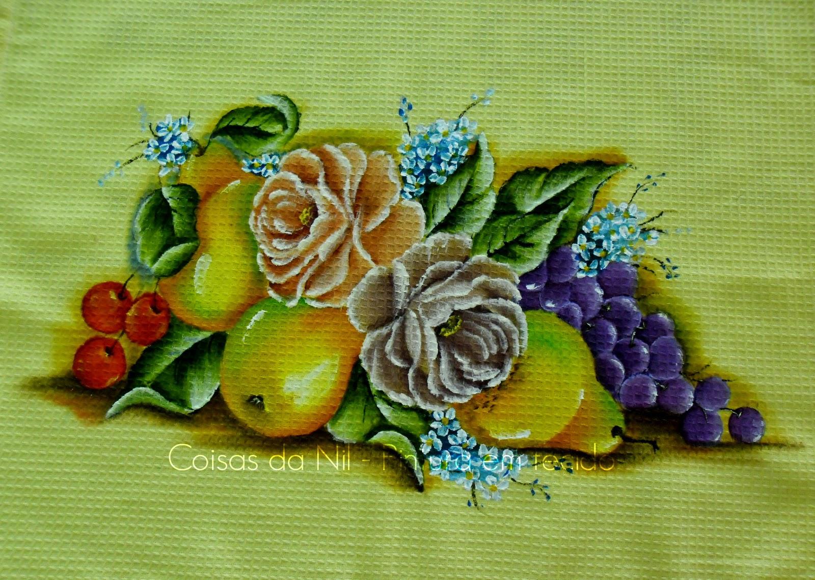 pintura em tecido pano de copa com peras, rosas, uvas e cerejas
