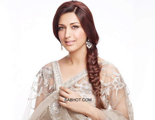 Sonali in a neutral net transparent saree - Sonali bendre saree pics