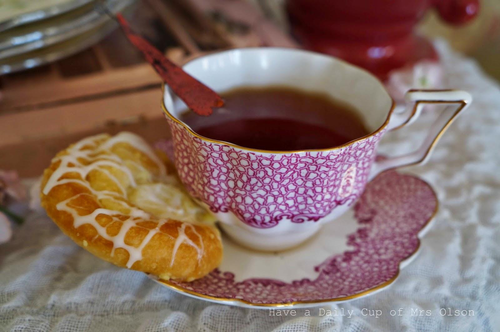 A Cottage Style Valentine's Tea