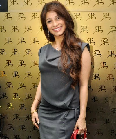tanisha mukerji latest photo