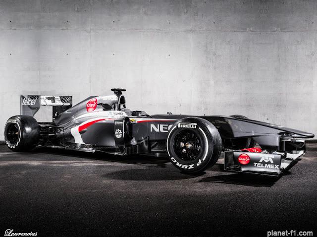 F1-Sauber-C32-launch-2013_1