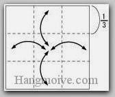 Bước 1: Gấp các cạnh tờ giấy lại để tạo nếp gấp, sau đó lại mở ra.