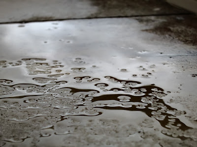 Chove sem parar, by Guillermo Aldaya / PhotoConversa